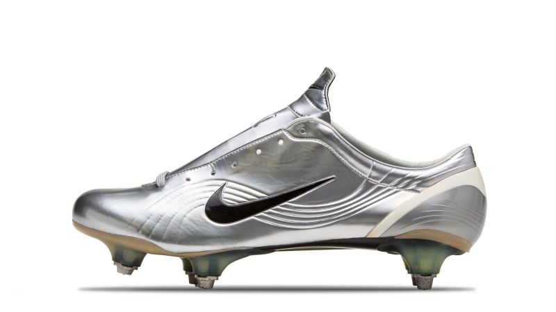 Top 5 Boots Worn By Cristiano Ronaldo a313d2c42