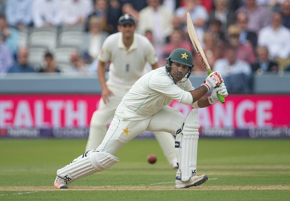 England v Pakistan - 1st NatWest Test: Day Two
