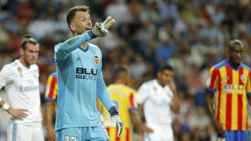 Neto has played for Fiorentina, Juventus and Valencia