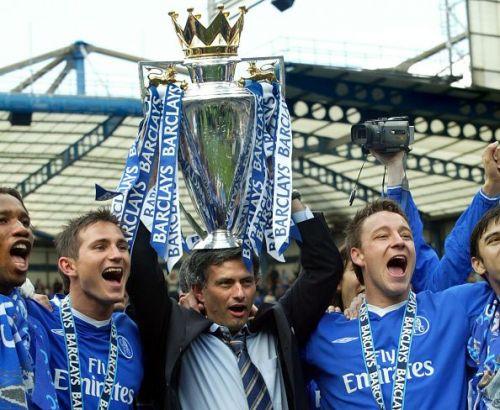 Soccer - FA Barclays Premiership - Chelsea v Charlton Athletic - Stamford Bridge