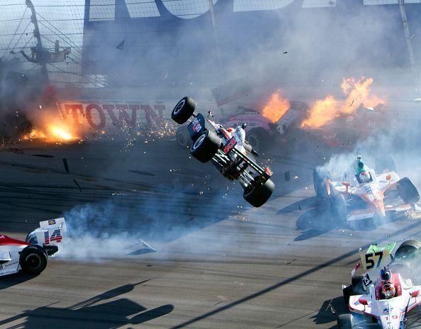 INDYCAR: OCT 16 IZOD IndyCar World Championships Presented By Honda - Dan Wheldon Crash