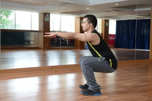 Fitness Expert Deckline Leitao Demonstrating Exercises