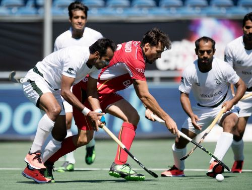 FIH Champions Trophy 2018 : Pakistan maintain an early lead