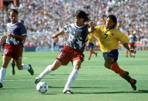 1994 World Cup Finals. Pasadena USA. 22nd June, 1994. USA 2 v Colombia 1. USA's Marcel Balboa clears the ball from Colombia's De Avila