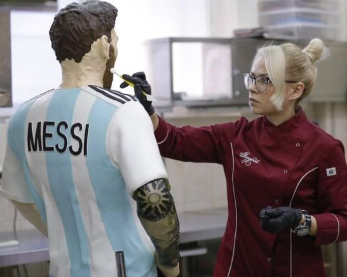 Life-size chocolate Messi sculpture (via Reuters)