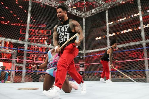 Usos Vs The New day, Hell In a Cell
