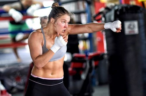 Ronda Rousey has been praised by both fans and experts alike for her athleticism and undeniable work-ethic