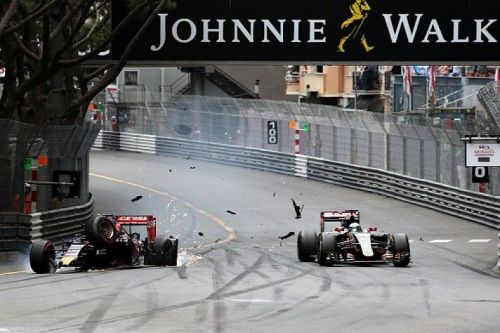 Verstappen crashes at Monaco GP 2015