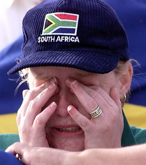 Cricket/Aus v SA/Fan Crying