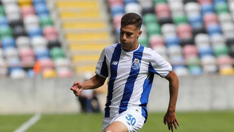 Image result for diogo dalot style of play