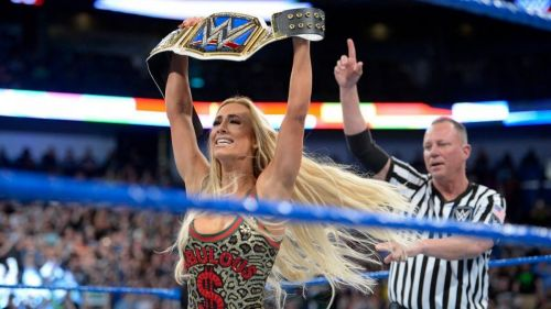 Carmella defended the SD Live Women's Title on the evening