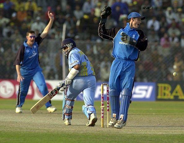 Ashley Giles bowls India