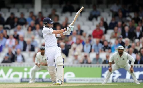 Cricket - Investec Test Series - Fifth Test - England v India - Day Three - The Kia Oval