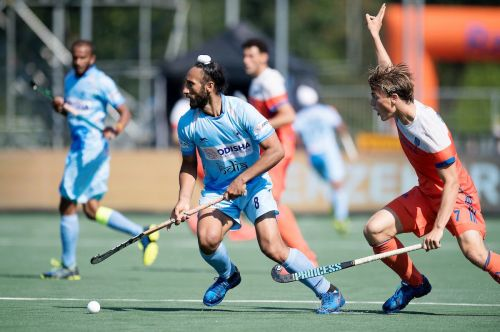 FIH Champions Trophy 2018 : India draws with Netherlands, storms into 2nd successive finals