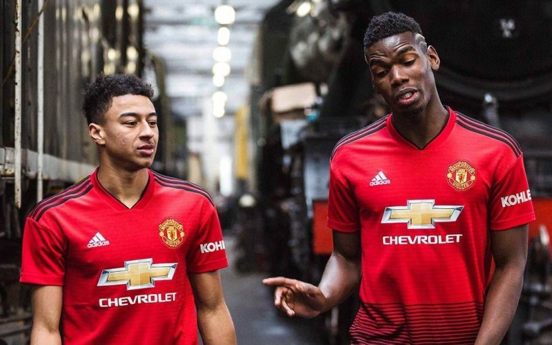 the latest 9ef39 10c8f Manchester United fans are fuming about the new home kit
