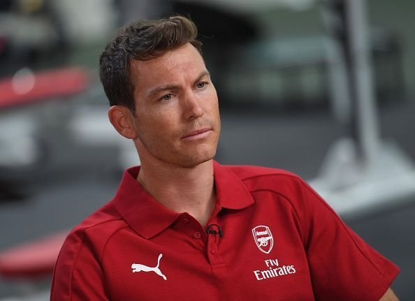 Arsenal Unveil New Signing Stephan Lichtsteiner...