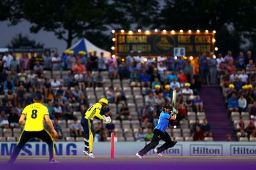 Luke Wright of Sussex in action against Hampshire