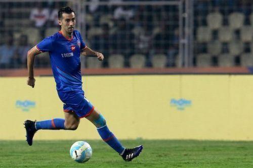 Lanzarote with ex-club FC Goa