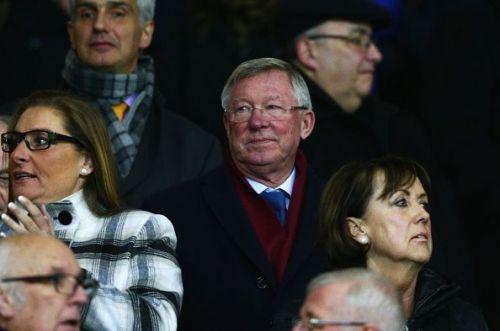 Manchester United v Stoke City - Premier League