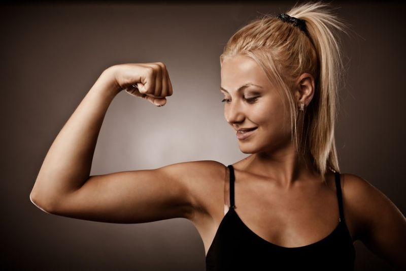 5 Best Arm Workouts For Women To Reduce Arm Fat And Get