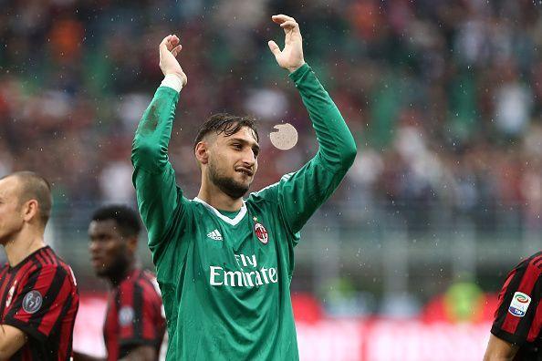 Gianluigi Donnarumma of Ac Milan greet the fans at the end...