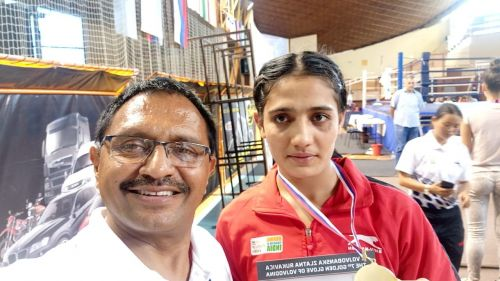 Lalita (69Kg) was adjudged the best boxer of the Tournament
