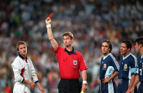World Cup 1998 Finals, St. Etienne, France. 30th June, 1998. England 2 v Argentina 2 (Argentina win 4-3 on penalties). Referee Kim Milton Nielsen sends off England's David Beckham for kicking out at Diego Simeone.