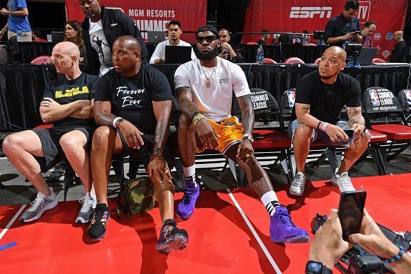 bbadb97fd9c NBA News Roundup  16th July - LeBron James meets with Luke Walton ...