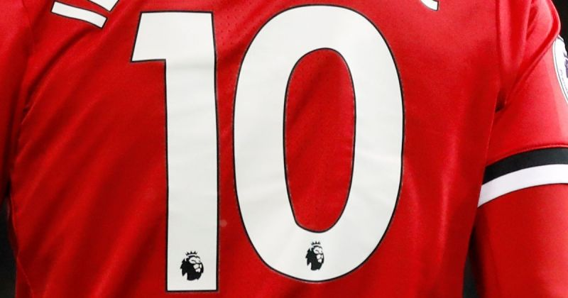 2a995493b Manchester United reveal new number 10
