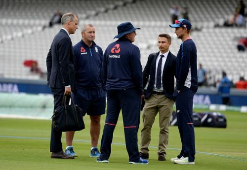 England v India: Specsavers 2nd Test - Day One
