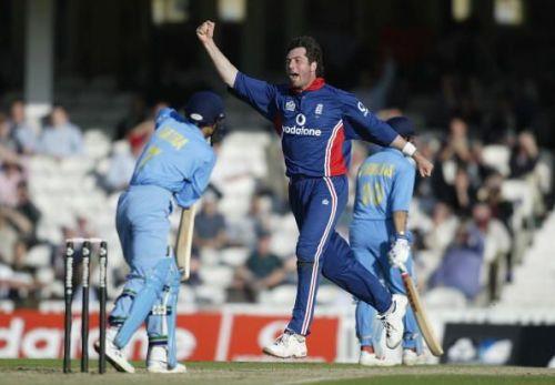 Irani celebrates the wicket of Ratra