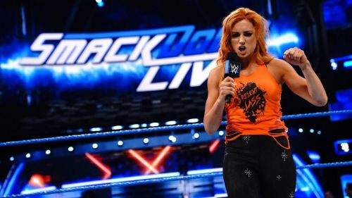 Lynch attacks her former friend and new SmackDown Live Women's Champion