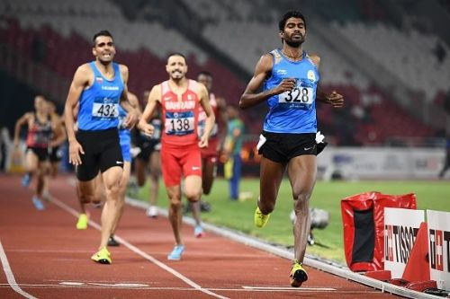 Jinson Johnson finished first in the men's 1500m race