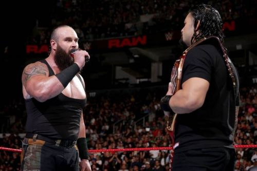 Braun Strowman vs. Roman Reigns Hell in a Cell