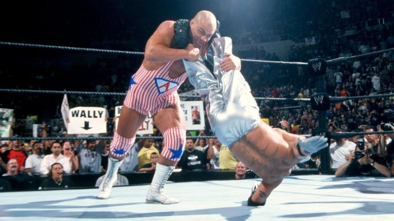 The greatest opening match in Summerslam history.