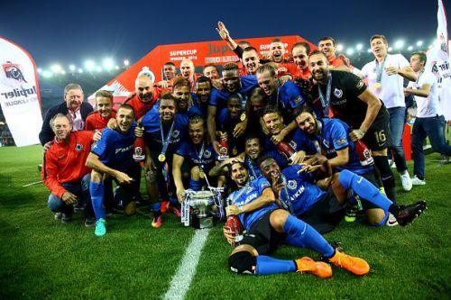 Club Brugge v Standard Liege  - Super Cup