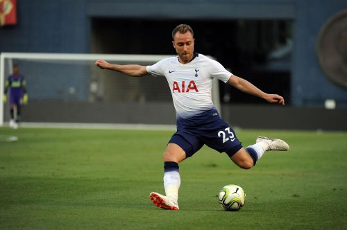 Christian Eriksen takes a shot in the ICC 2018Enter caption