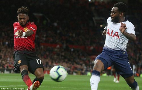 Fred attempting to put United into a lead early into the game.