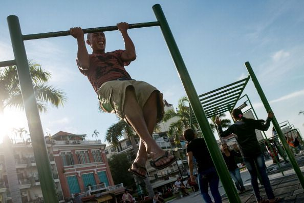 Locals Make Use Of Phnom Penh's Public Exercise Spots