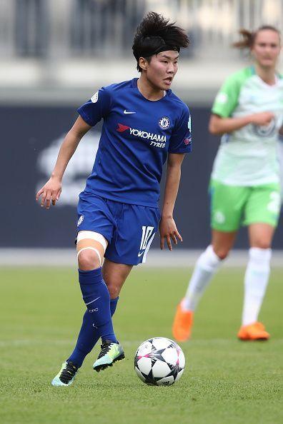 VfL Wolfsburg Women's v FC Chelsea Women's - Women's UEFA Champions League Semi Final Second Leg