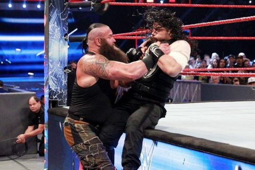 Strowman vs. Reigns