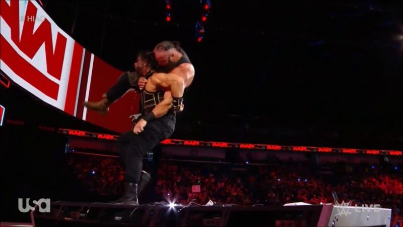 Roman Reigns ends Raw with a huge Samoan Drop to Braun Strowman