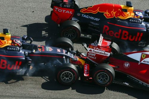 Kvyat colliding with Sebastian Vettel on the run down to turn 2 (2016)