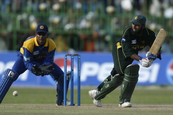 Saeed Anwar of Pakistan on his way to 52
