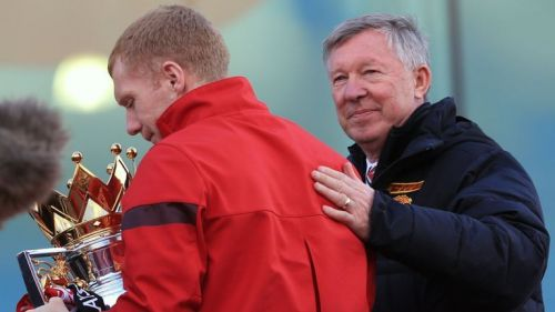 Sir Alex Ferguson convinced Paul Scholes to come out of retirement in January 2012