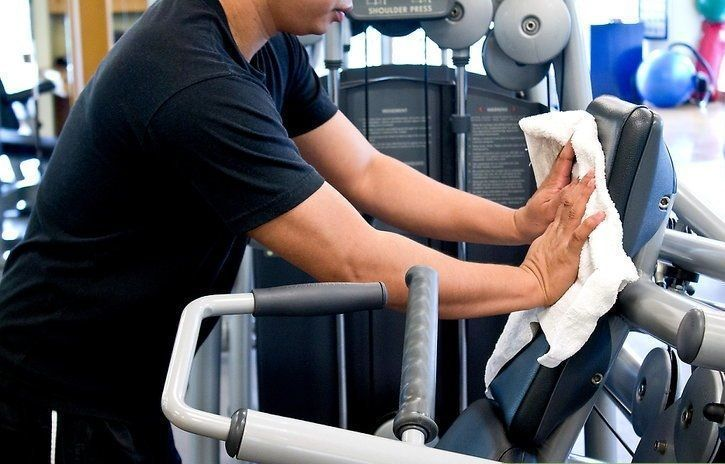 The first etiquette is to make sure you carry a towel and continually wipe the sweat on your body and any sweat that is transferred from you to the bench or any other equipment