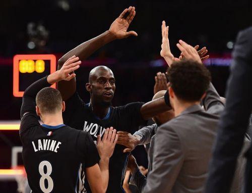 Minnesota Timberwolves v Los Angeles Lakers