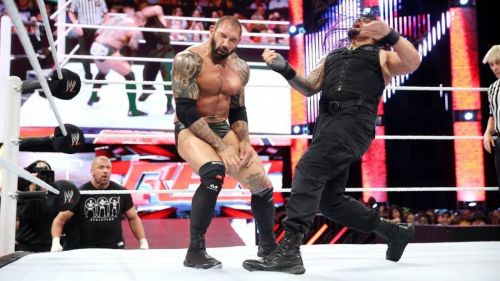 Batista faced Roman Reigns in the ring!