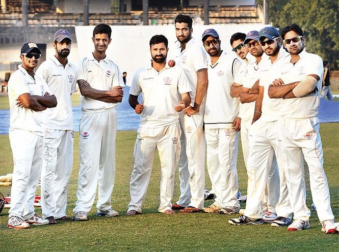 Some players of J&K along with captain Parvez Rasool