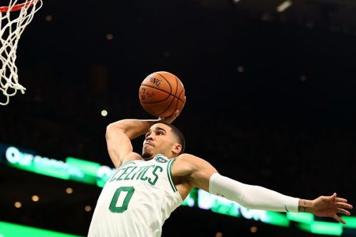 Jayson Tatum had a great game on opening night against the Sixers
